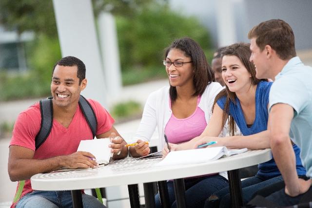 大学生活の英語フレーズ